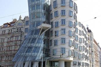 Tančící dům Praha